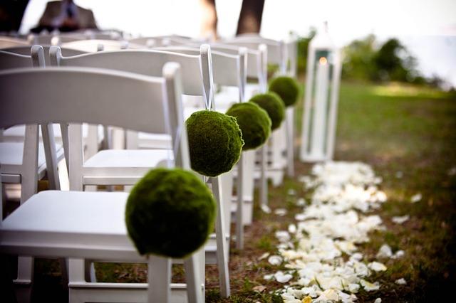 Six Ideas to Make your Wedding Eco-Friendly