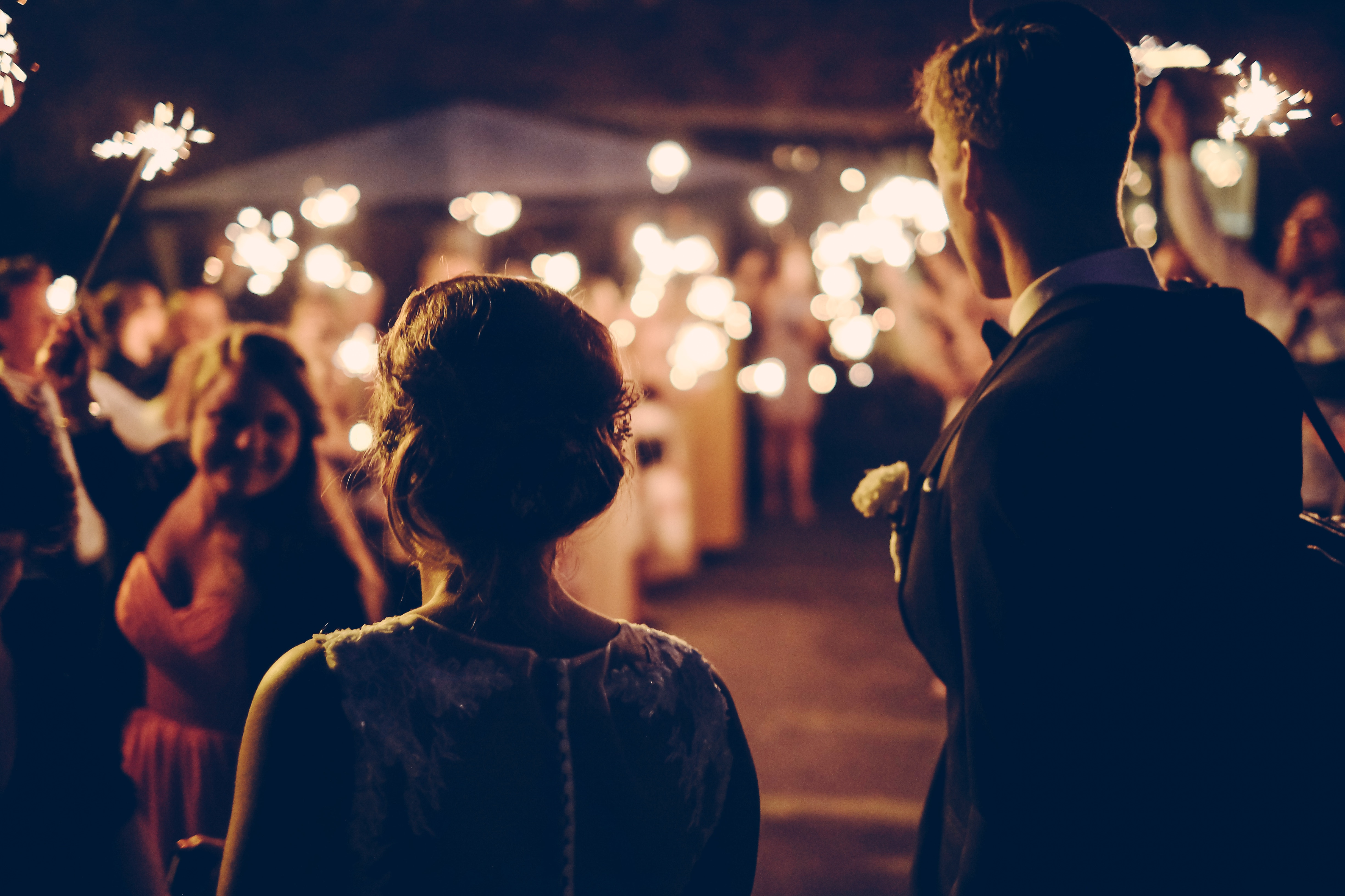 How to Save Money on your Wedding Reception