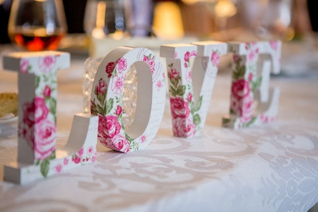 What Can You Do If Your Wedding Suppliers Go Out of Business?